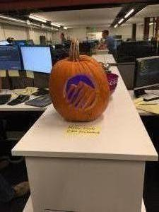 Pumpkin carving (Finance/IT)